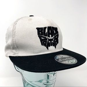 Marvel Black Panther gray corduroy snap back hat